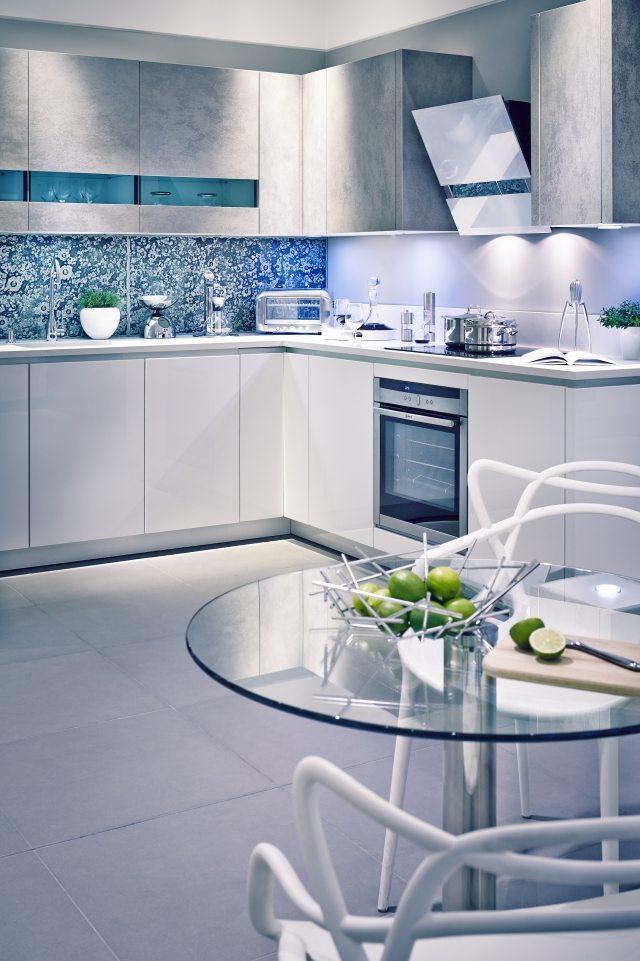 credence cuisine bleu