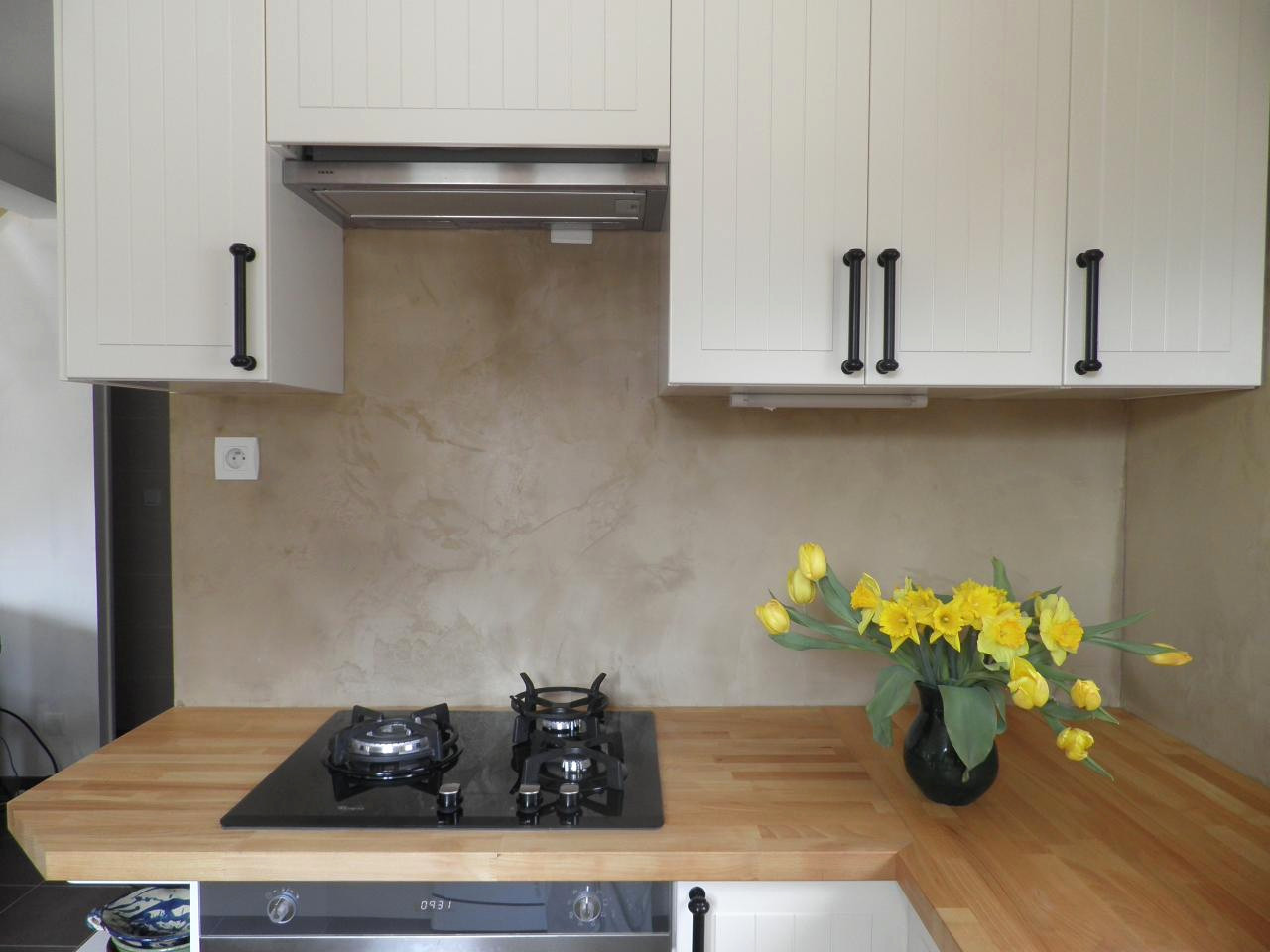 credence cuisine en beton cire
