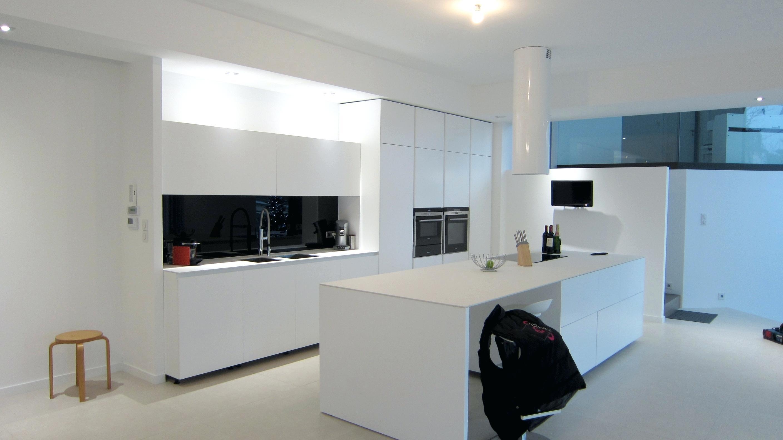 credence cuisine noire et blanche