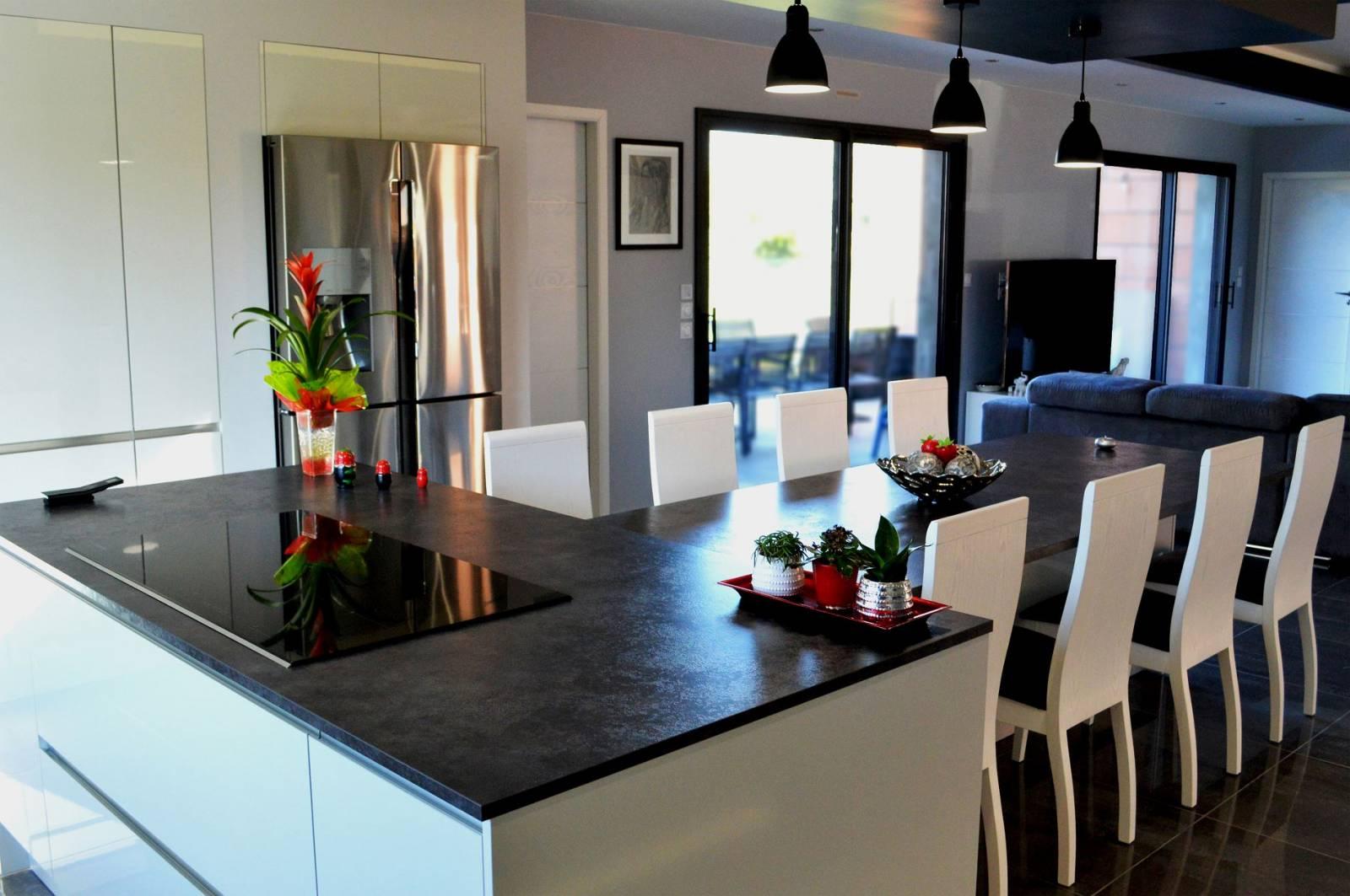 Ilot cuisine pour 8 personnes - Exemple cuisine avec ilot central ...
