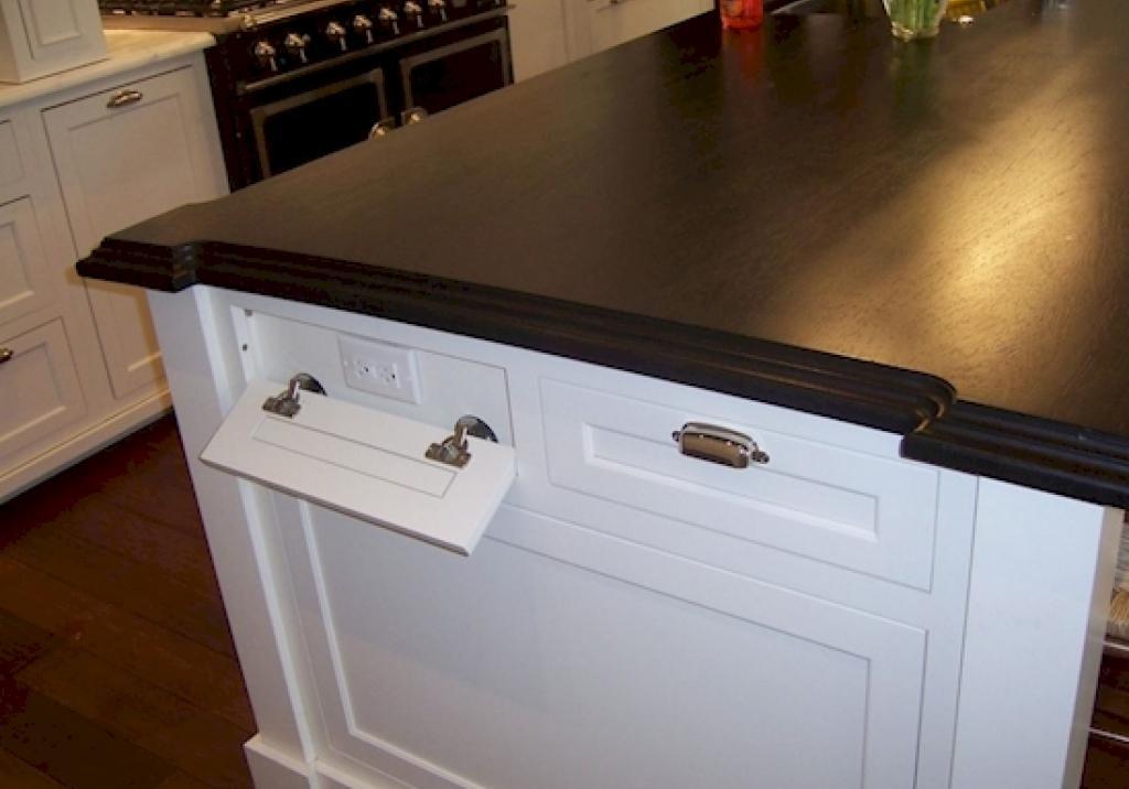 ilot cuisine prise electrique. Black Bedroom Furniture Sets. Home Design Ideas