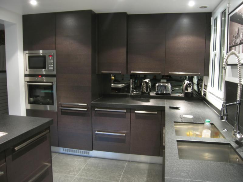 ilot cuisine wenge. Black Bedroom Furniture Sets. Home Design Ideas