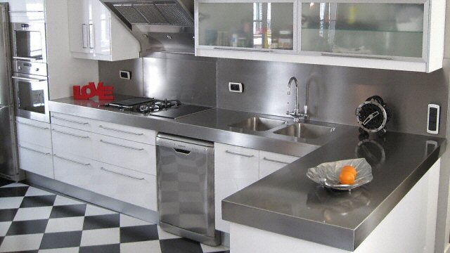 credence cuisine equipee
